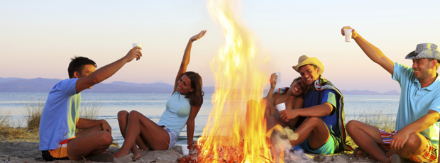 jeunes-australie-barbecue-plage